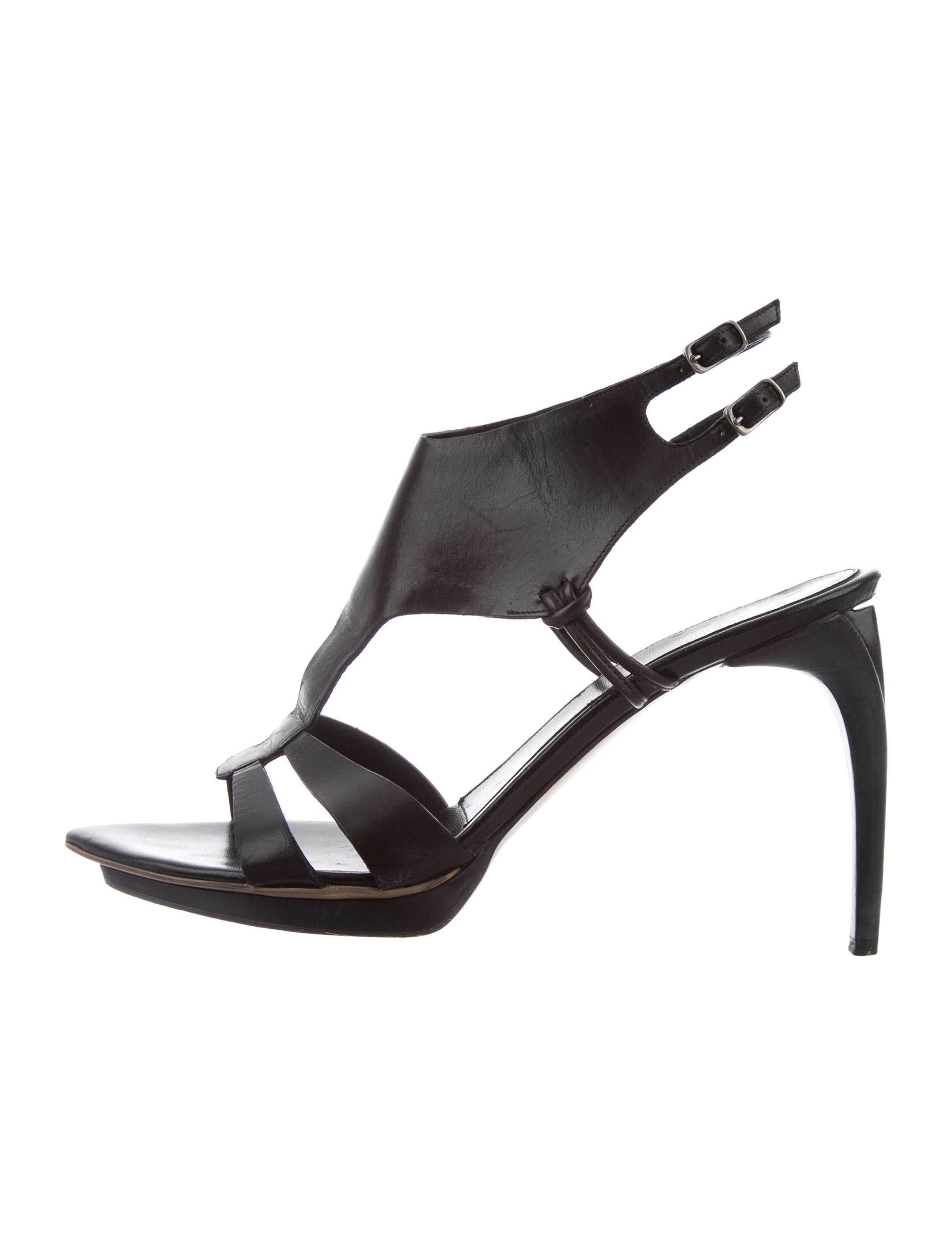 high quality online Costume National Leather Ankle Strap Pumps discount release dates cKGQxR2