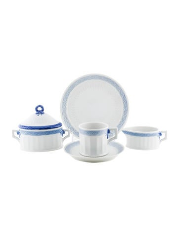 Royal Copenhagen Blue Fan Demitasse Place Settings None