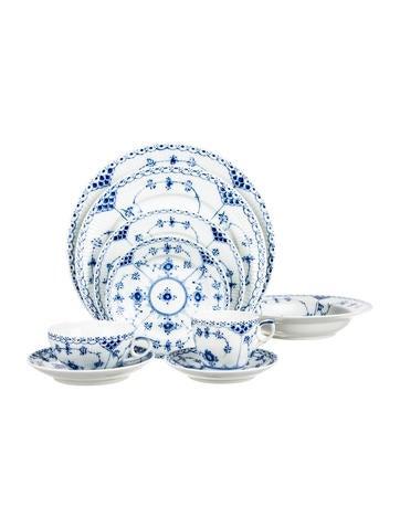 Royal Copenhagen 18-Piece Blue Fluted Half Lace Border Table Service None