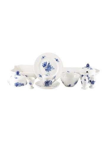 Royal Copenhagen 51-Piece Blue Flowers Braided Partial Dinner Service None