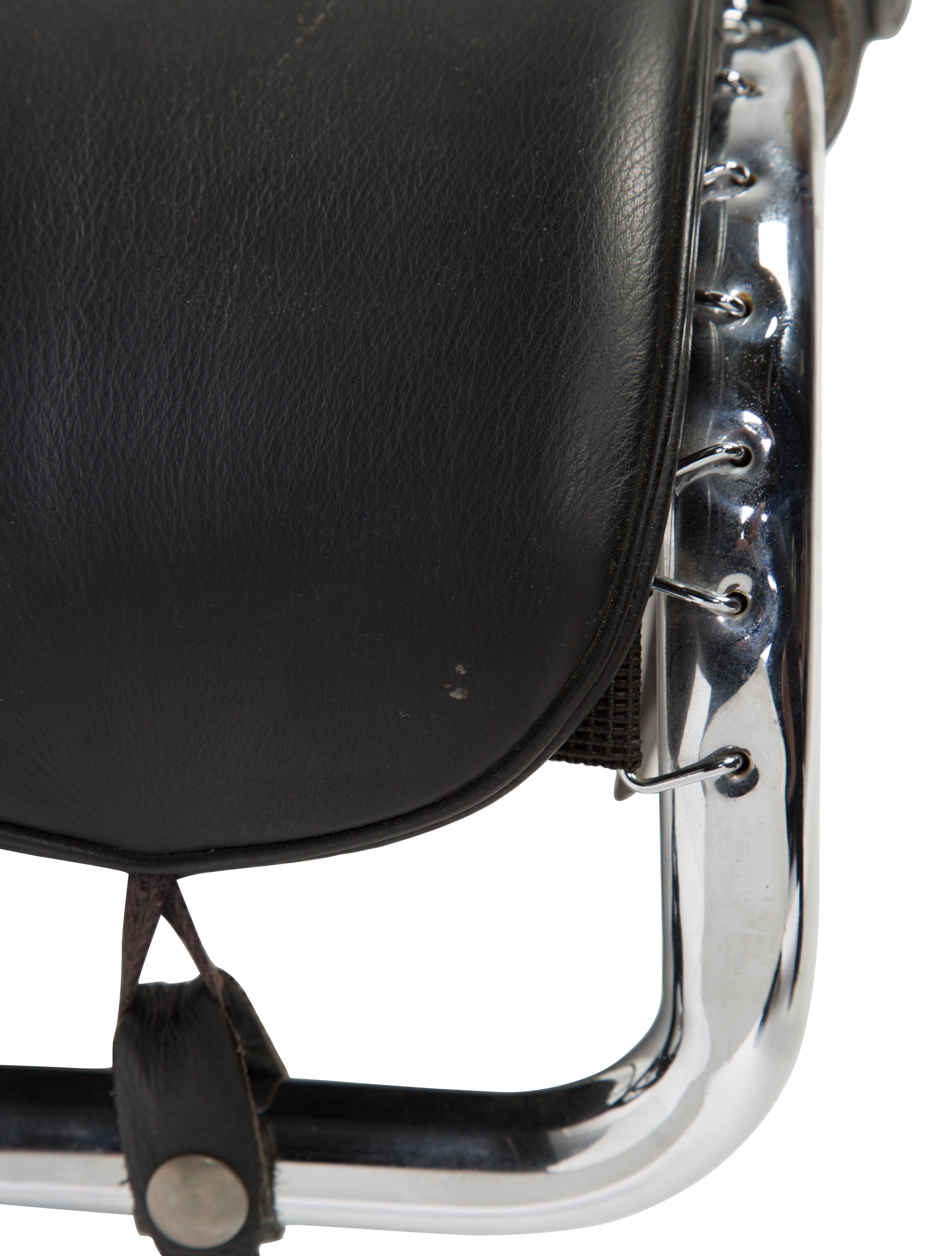 Cassina Le Corbusier Lc4 Chaise Lounge Furniture