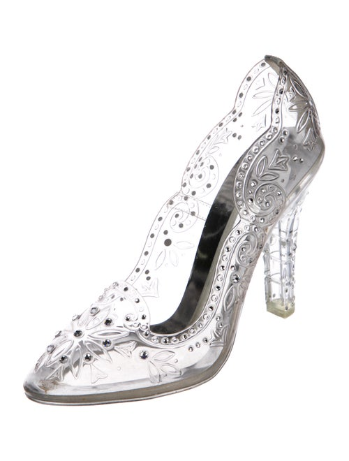 42cac6f0e96 Dolce   Gabbana 2017 Cinderella Embellished PVC Pumps - Shoes ...