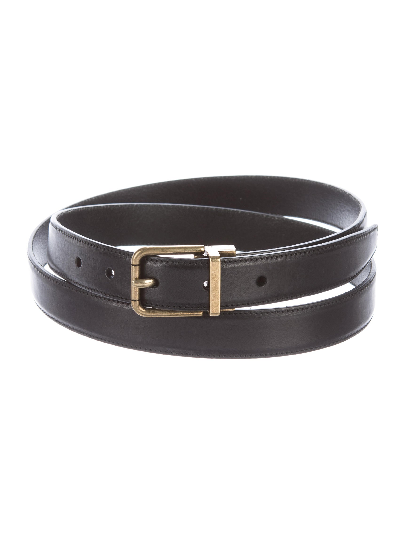 A timeless leather belt with a cool crisscross detail. Loop through your jeans and tuck in your tee for a laid-back look with polish. Designed to be worn at the waist or the hips. Italian leather.