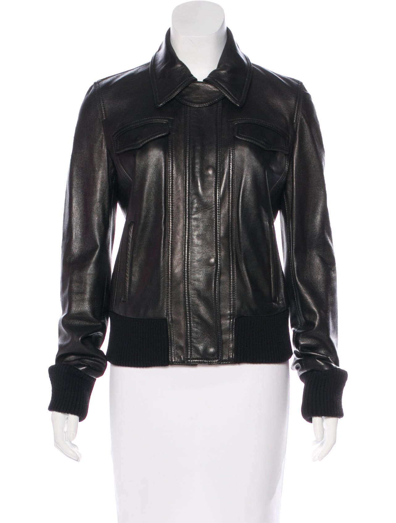 This is the perfect leather jacket—it feels soft yet looks rugged. Plus it features a built in zip-out lining for comfort. You are sure to look sharp in this leather jacket and you can wear it with almost anything.