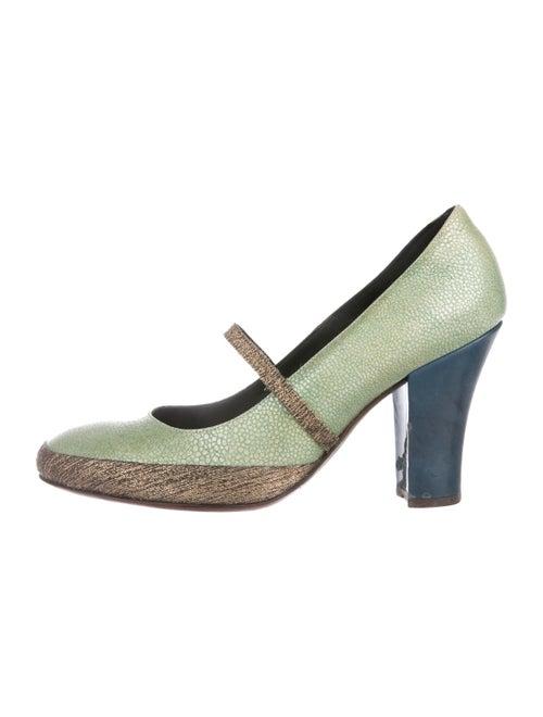 25d33628e4 Dries Van Noten Leather Round-Toe Pumps - Shoes - DRI56898