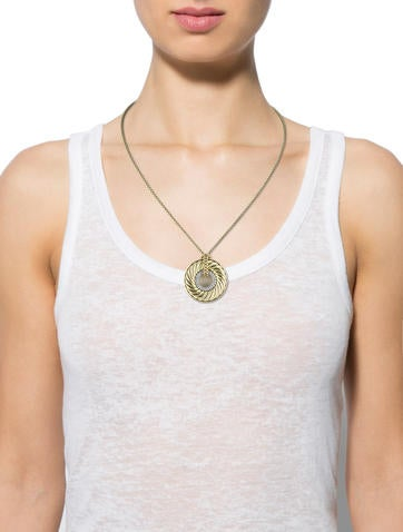 Diamond Carved Cable Disc Necklace