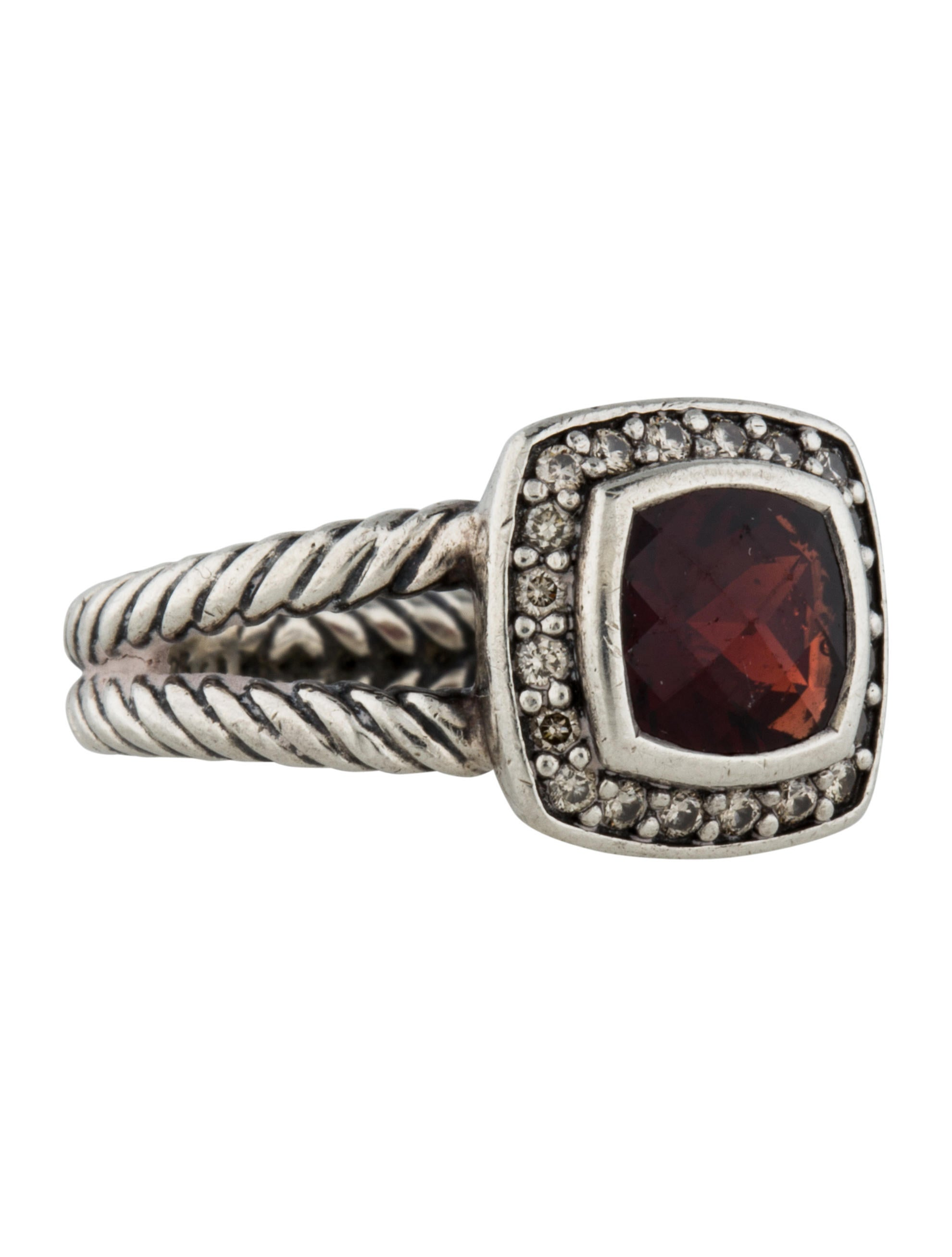 ring beyond product diamond diamonds garnet gold with white