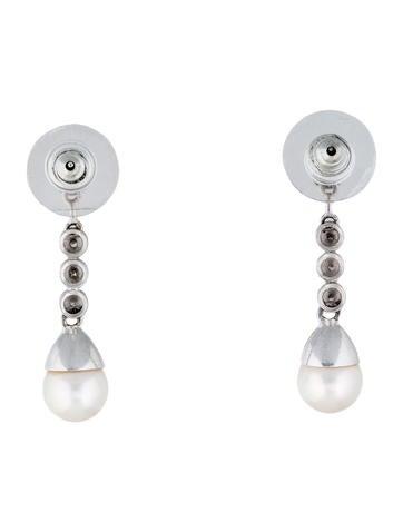 18K Diamond & Pearl Drop