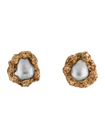 14K Pearl Earclips