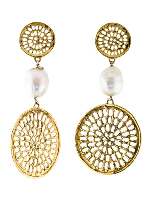 18K Pearl Earrings yellow