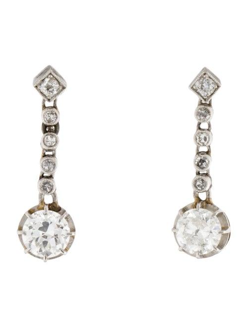 18K 1.10ctw Diamond Drop Earrings white