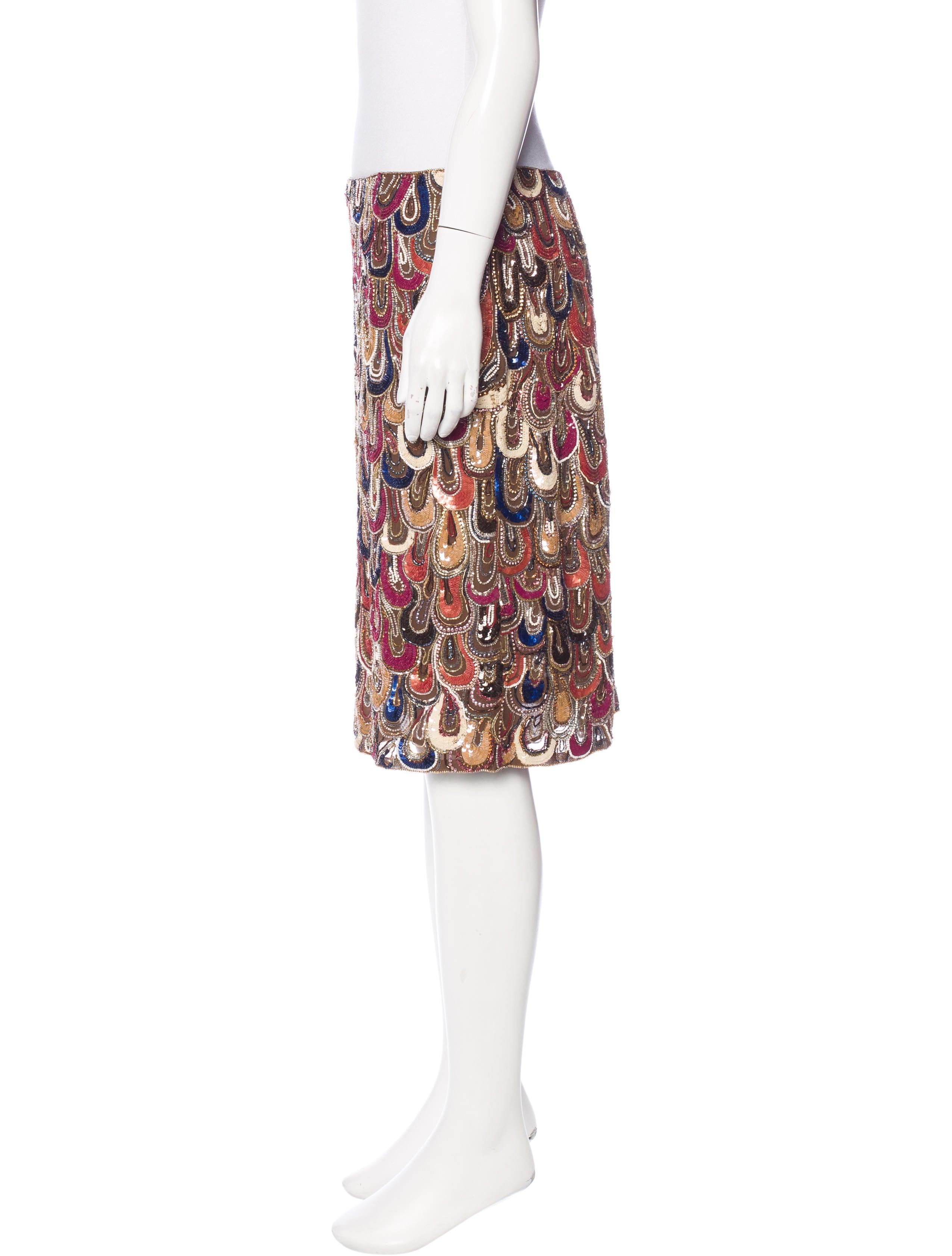 escada sequined knee length skirt clothing esc22182