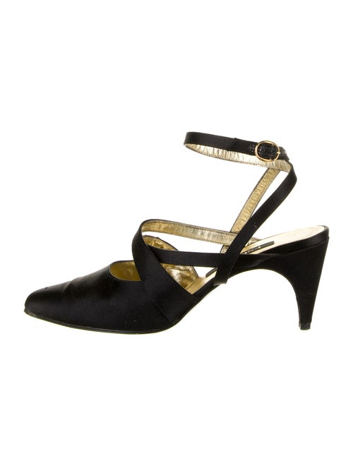 Escada Pumps Black