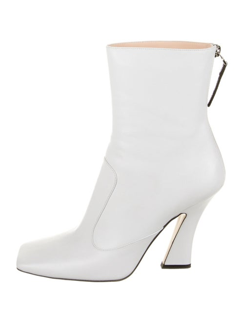Fendi Leather Boots White