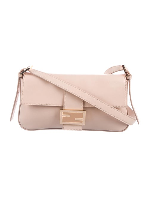 Fendi Smooth Leather Baguette Pink