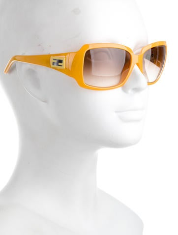 Logo Gradient Lens Sunglasses