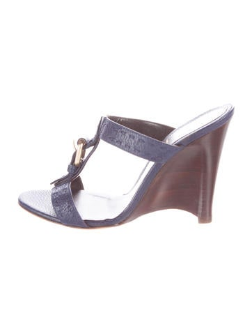 Fendi Buckle-Accented Leather Wedges None