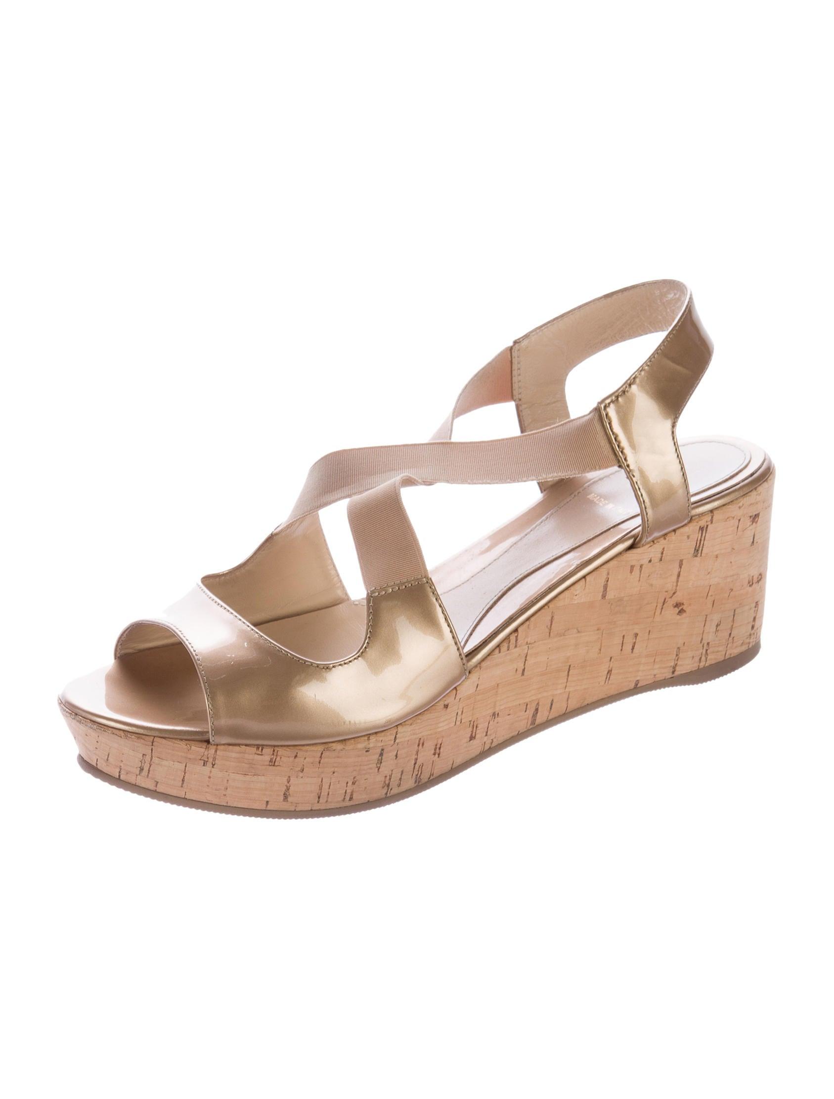 fendi metallic wedge sandals shoes fen46314 the realreal