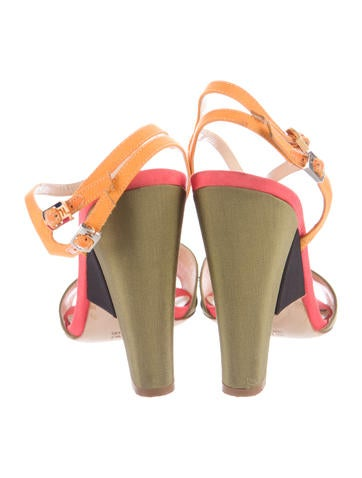 Crepe Colorblock Sandals