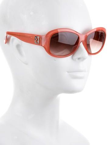 Round Logo Sunglasses