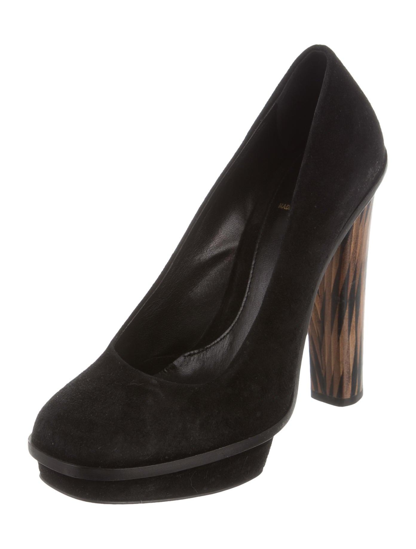 fendi suede platform pumps shoes fen52792 the realreal