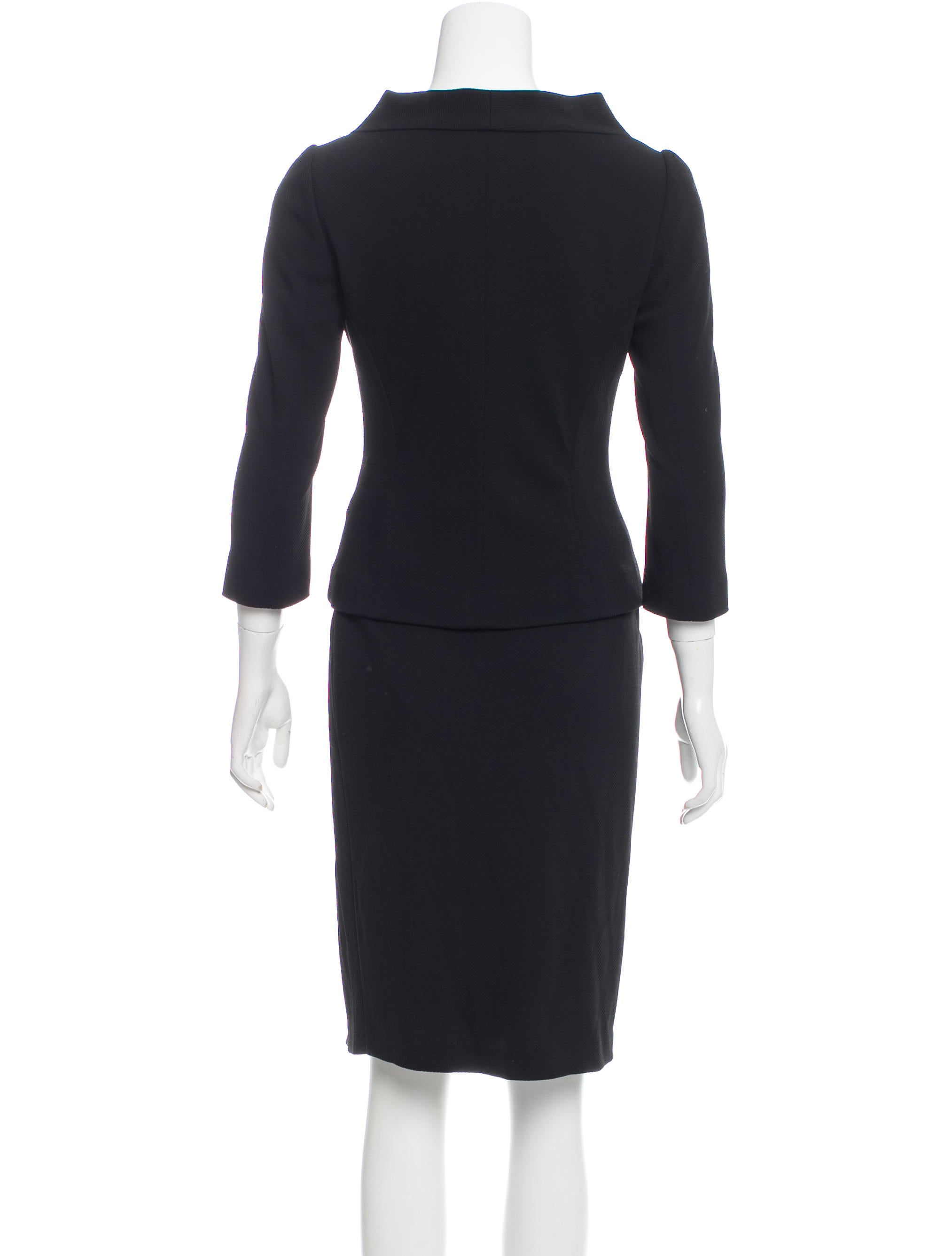 fendi pleated skirt suit clothing fen56375 the realreal