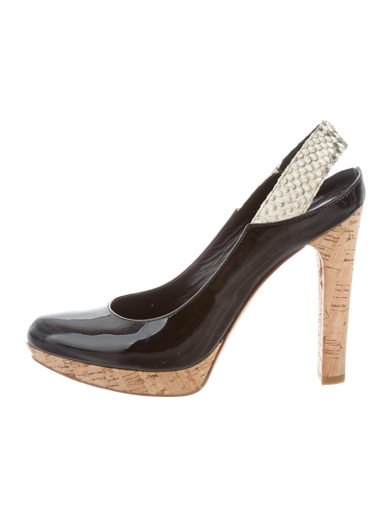 Fendi Round-Toe Slingback Pumps - Shoes - FEN58229 | The RealReal