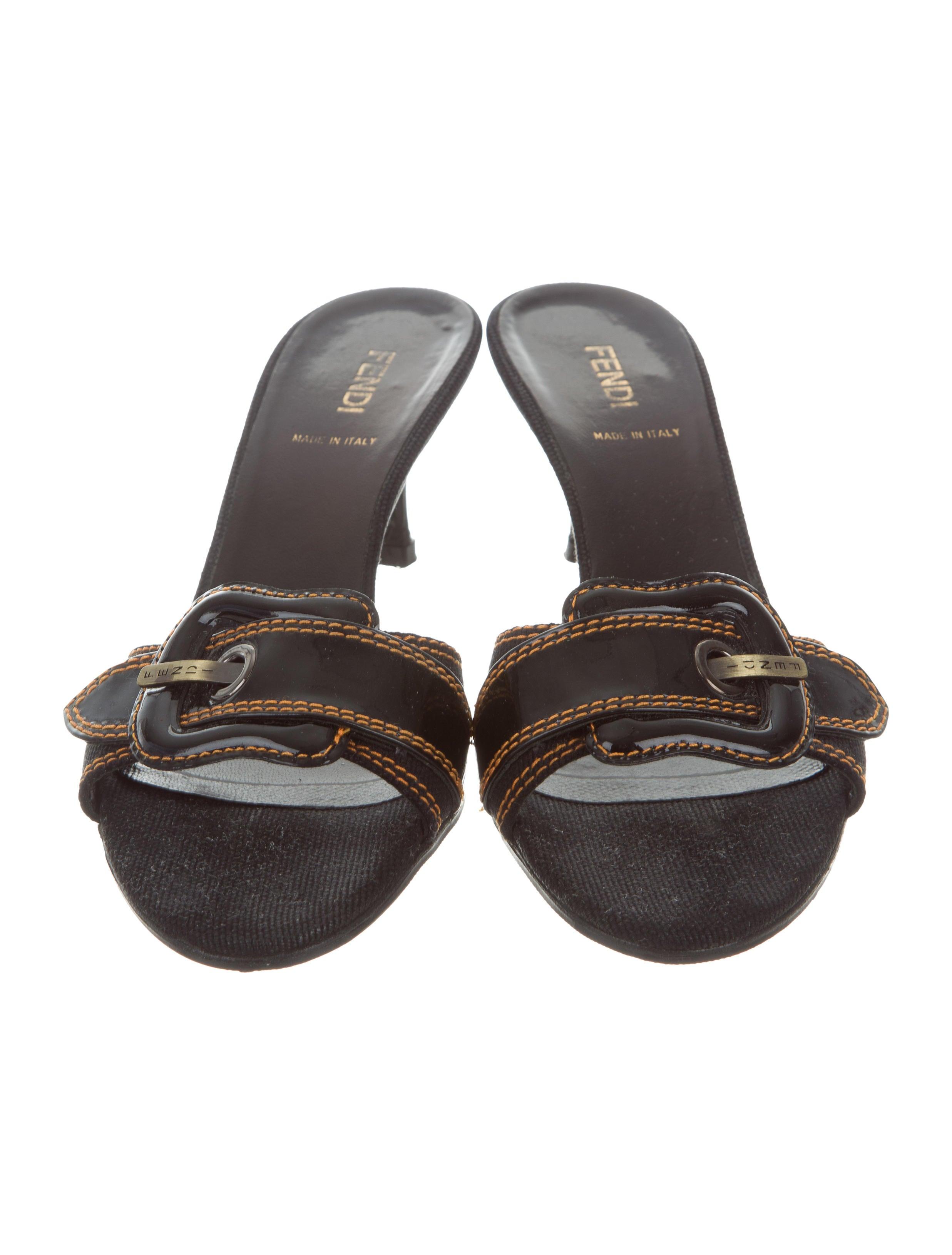 fendi canvas slide sandals shoes fen60397 the realreal