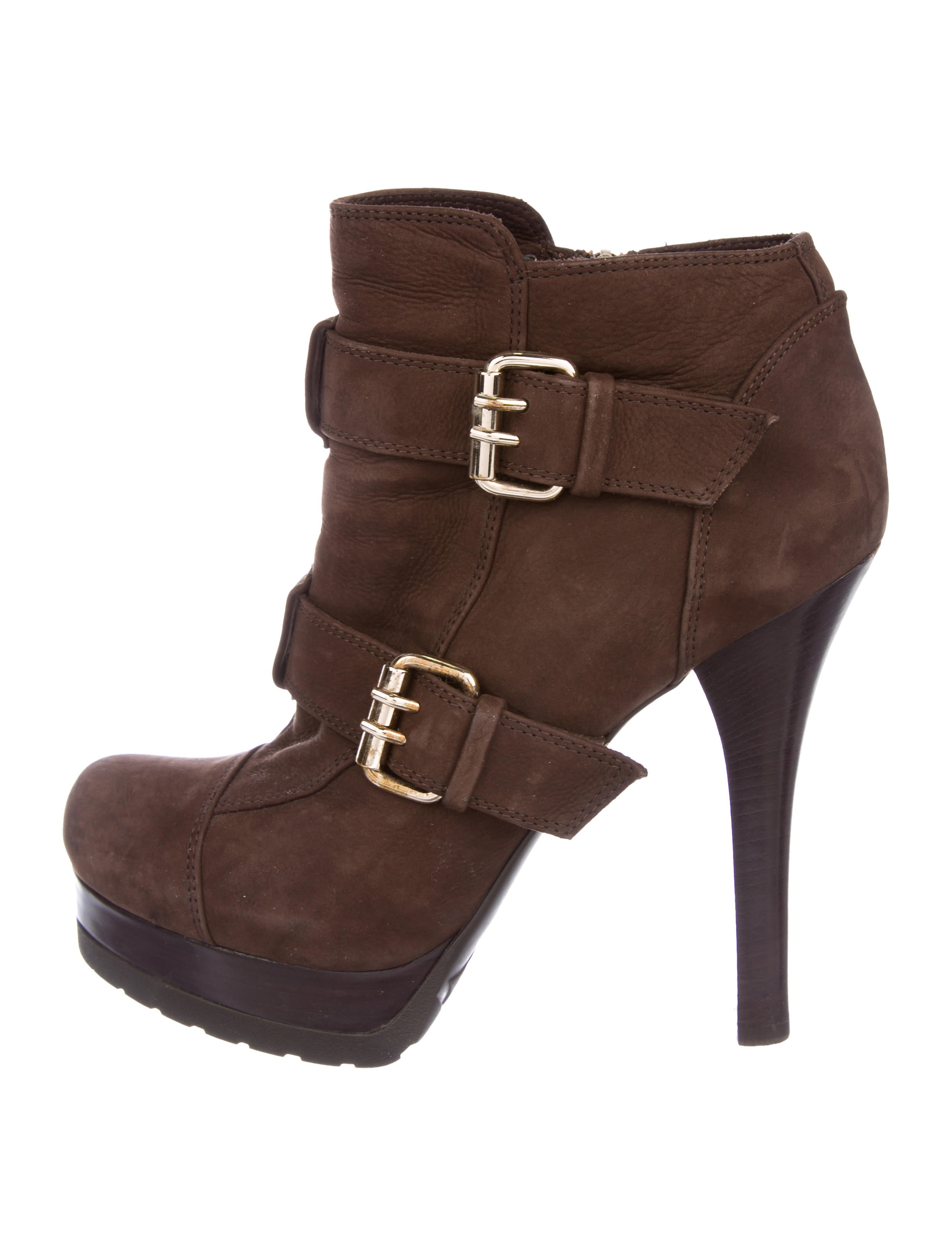 Fendi Suede Round-Toe Booties outlet with paypal cheap countdown package shop online buy cheap very cheap GrnfxBau