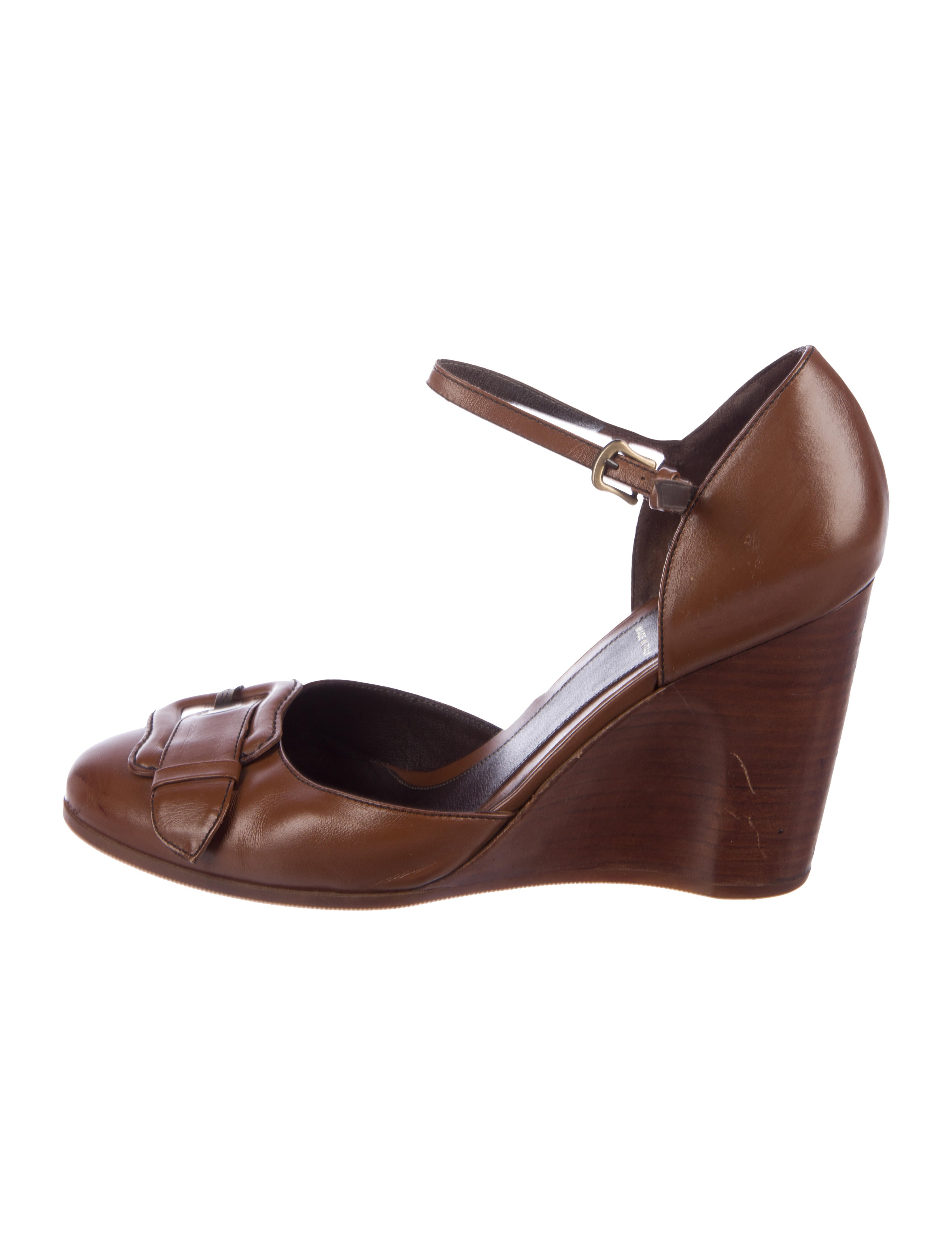 Fendi Leather D'Orsay Wedges cheap 2014 new cheap shop for 100% authentic cheap online FrI2f6g