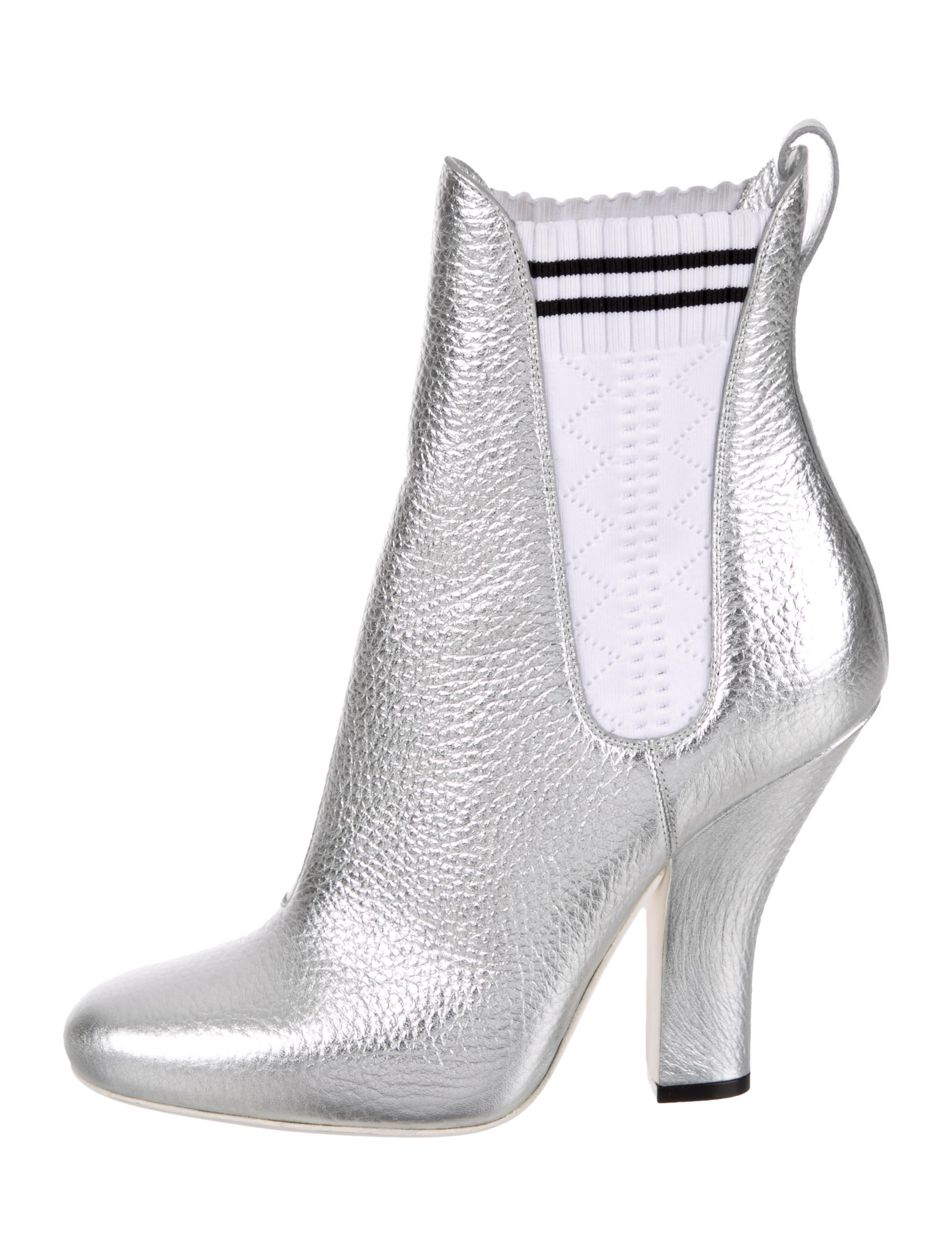 Fendi Antoinette Ankle Boots w/ Tags buy cheap new arrival gsyeZV6a