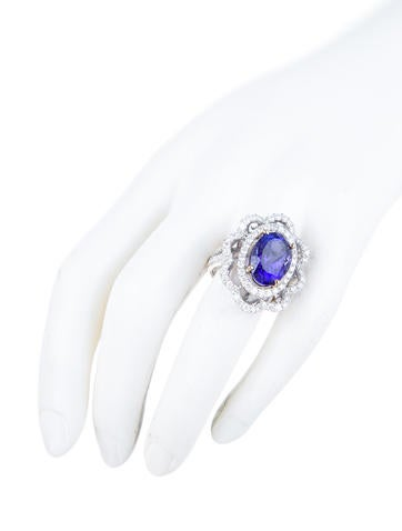 9.02ct Tanzanite and Diamond Cocktail Ring