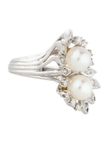 14K Two Pearl and Diamond Ring