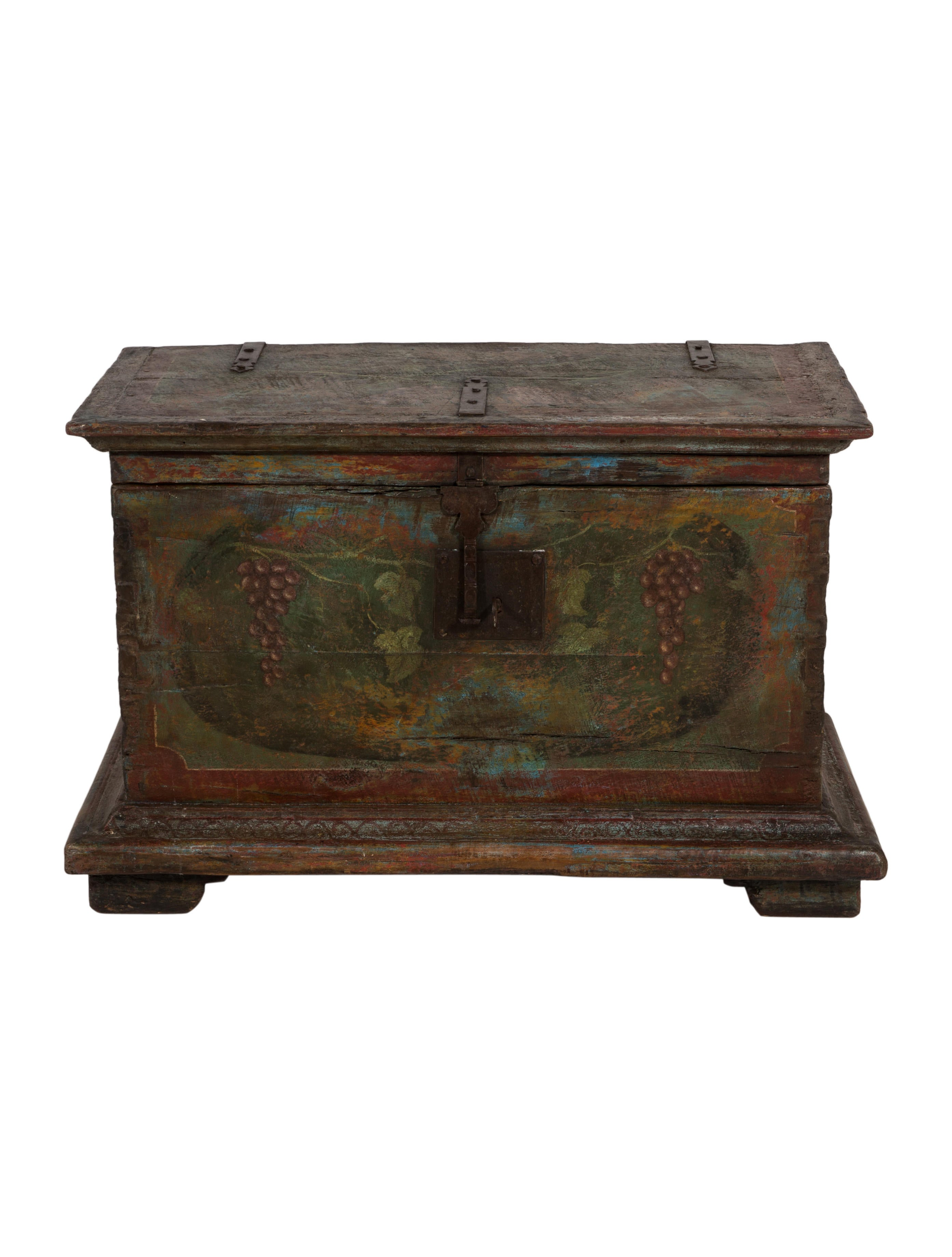 antique painted chest decor and accessories furni20600 the realreal. Black Bedroom Furniture Sets. Home Design Ideas