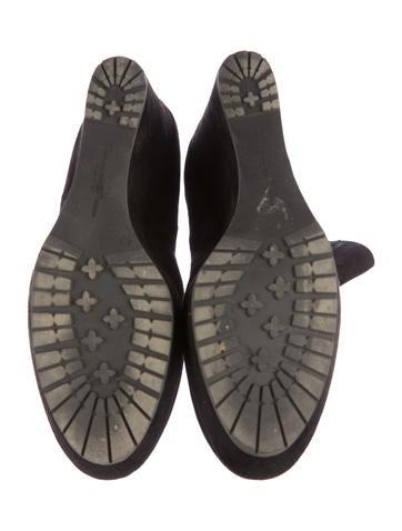 Round-Toe Platform Booties