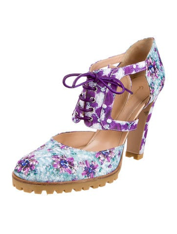 Floral Round-Toe Cutout Booties