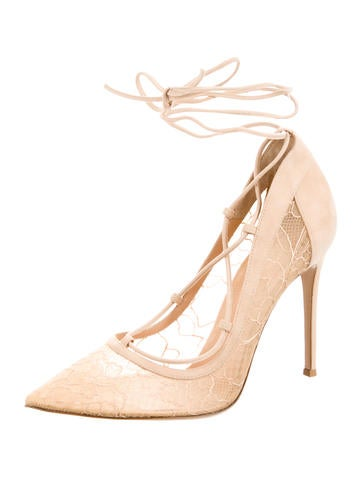 Chantilly Lace Pumps w/ Tags