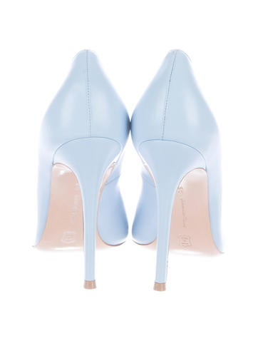 Pointed-Toe Leather Pumps