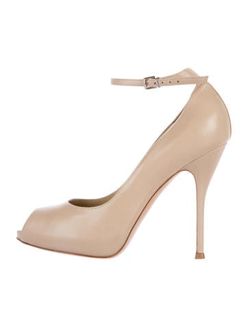 Gianvito Rossi Leather Peep-Toe Pumps None