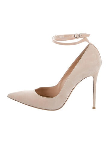 Gianvito Rossi Suede Pointed-Toe Pumps None