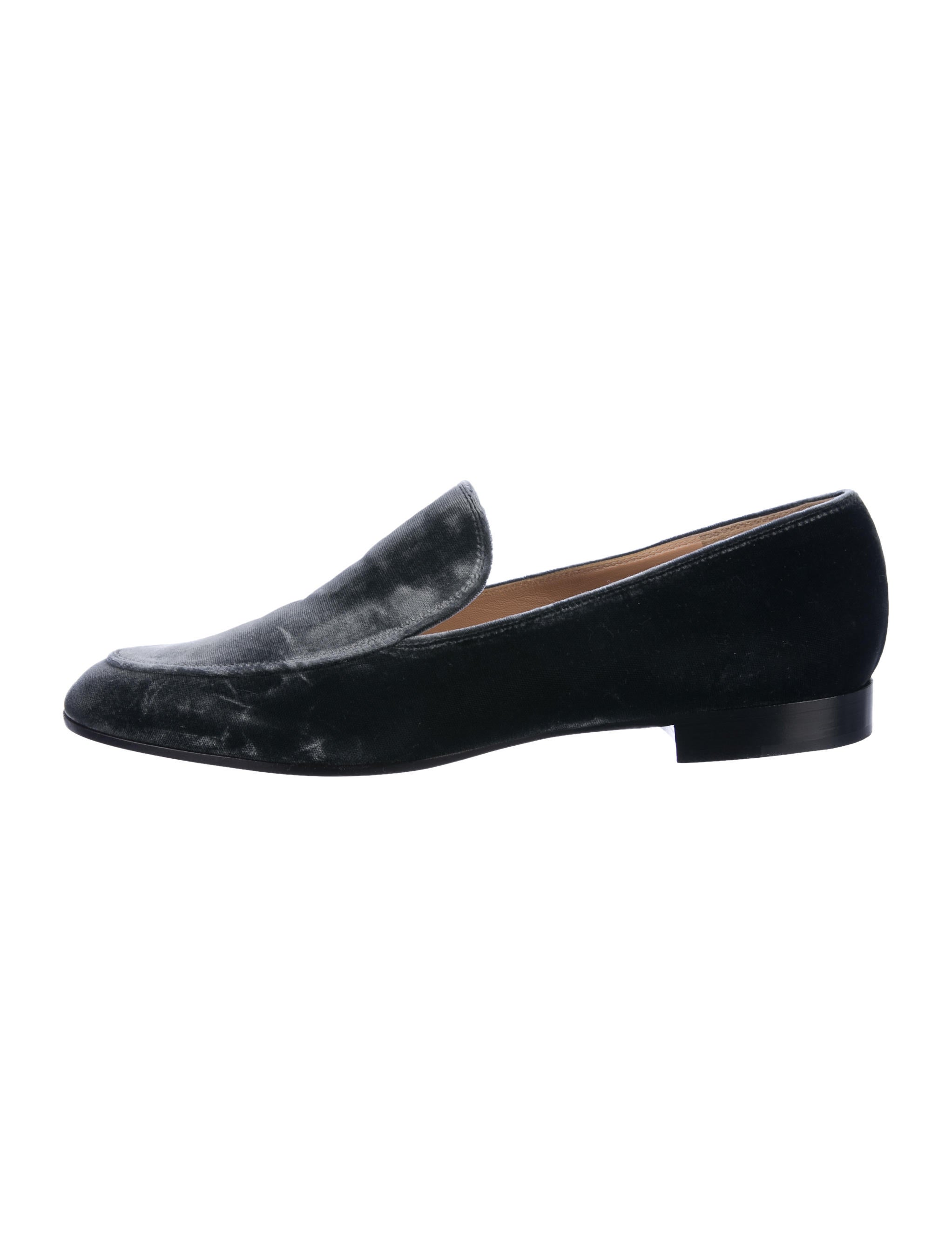 Gianvito Rossi Velvet Round-Toe Loafers outlet great deals cheap supply explore cheap online best seller sale online shop offer online F0FyKLQRP