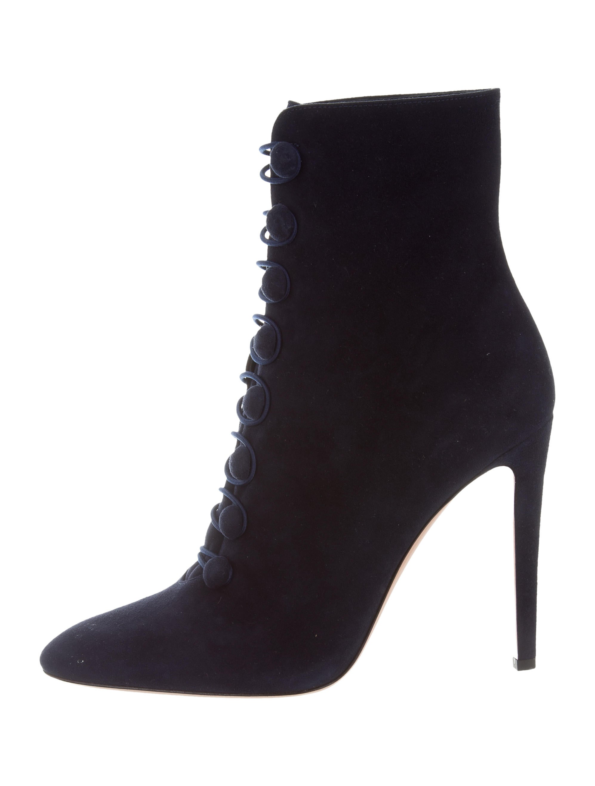Gianvito Rossi Pointed-Toe Ankle Boots w/ Tags many kinds of discount pick a best clearance prices clearance geniue stockist discount low price fee shipping rXDrCm7hx