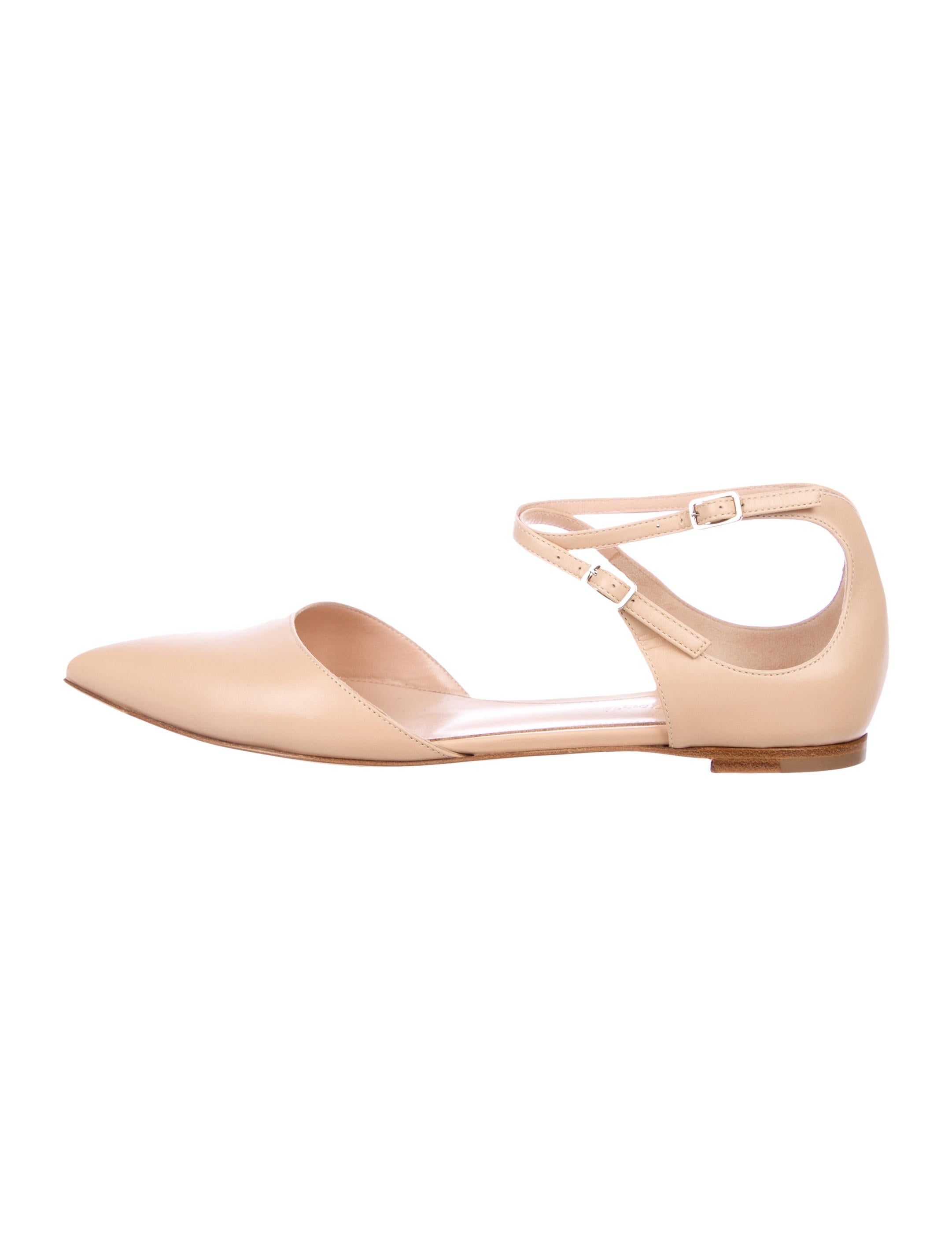 Gianvito Rossi Leather Pointed-Toe Flats w/ Tags discount buy sneakernews for sale outlet online buy cheap wiki AAyqZQv