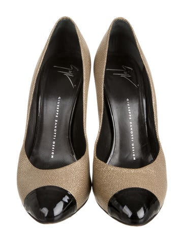 Metallic Cap-Toe Pumps