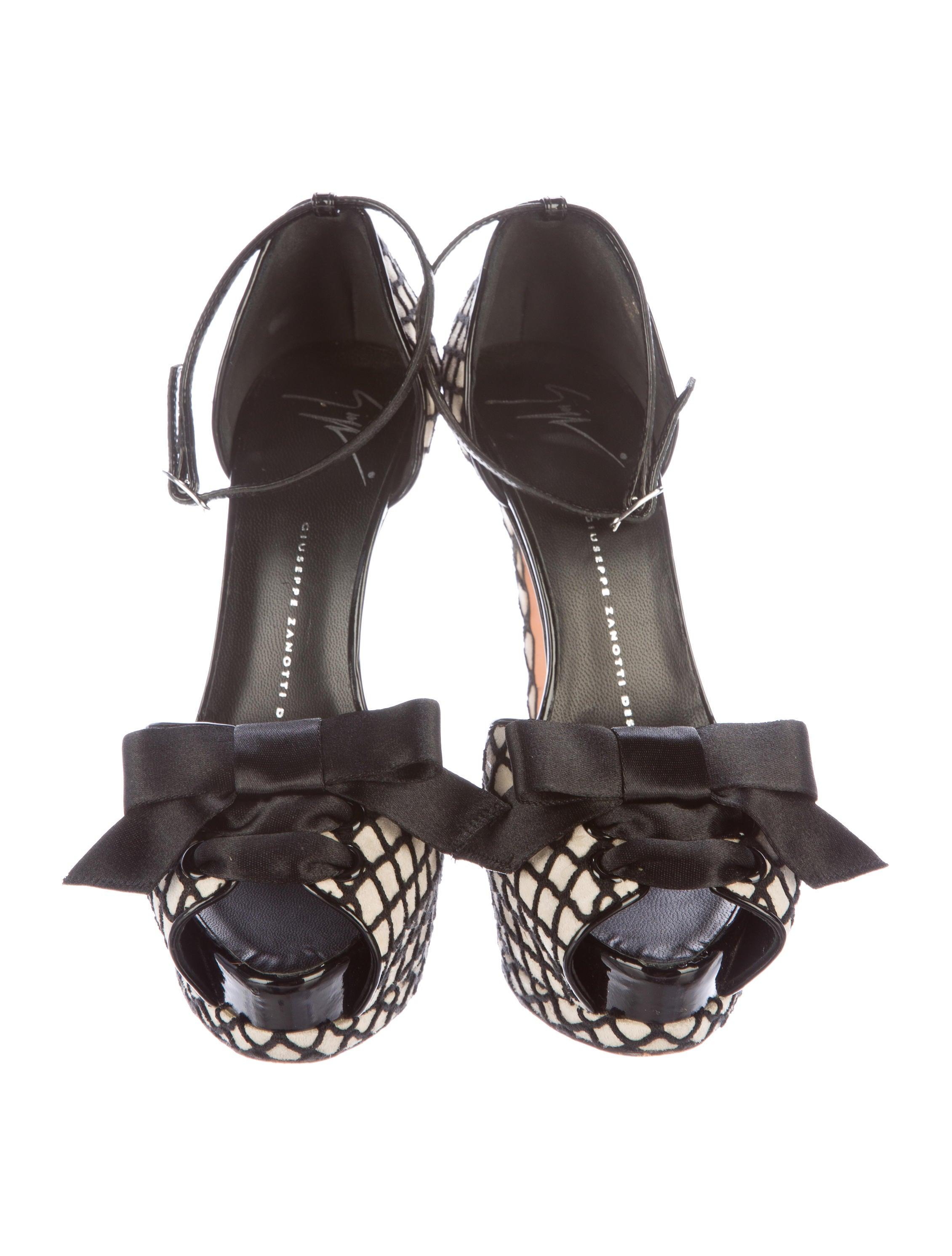 Giuseppe Zanotti du0026#39;Orsay Platform Pumps - Shoes - GIU35774 : The RealReal