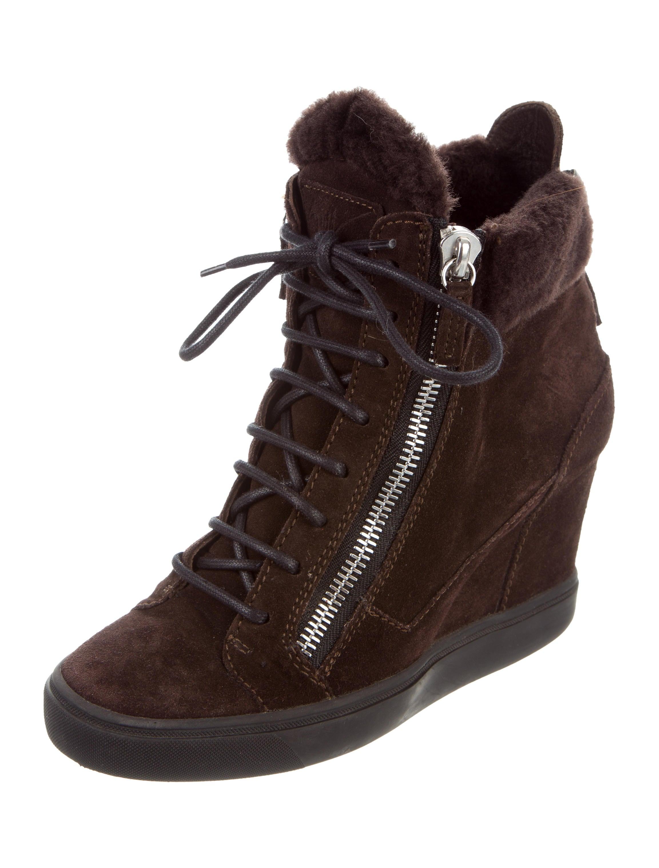 c7c98701e9000 Giuseppe Zanotti Silver Sneakers Usa Shoes New Releases   Bus Tracker