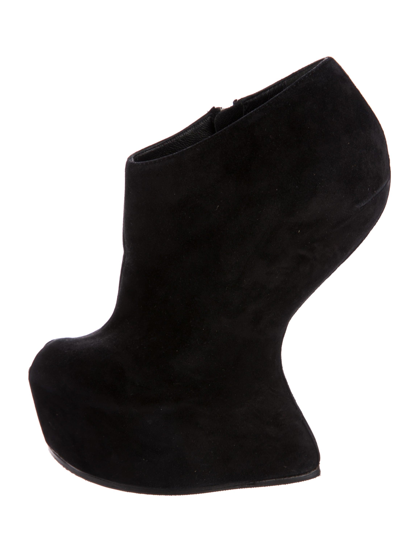 giuseppe zanotti peep toe wedge booties shoes giu40904