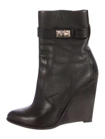Shark Tooth Wedge Boots