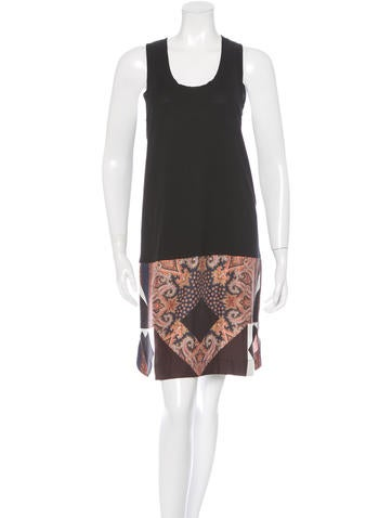 Givenchy Sleeveless Wool Dress None