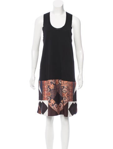 Givenchy Wool Sleeveless Dress None